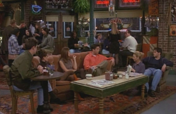 central perk on friends hangout spots from tv shows that we wish were real complex. Black Bedroom Furniture Sets. Home Design Ideas