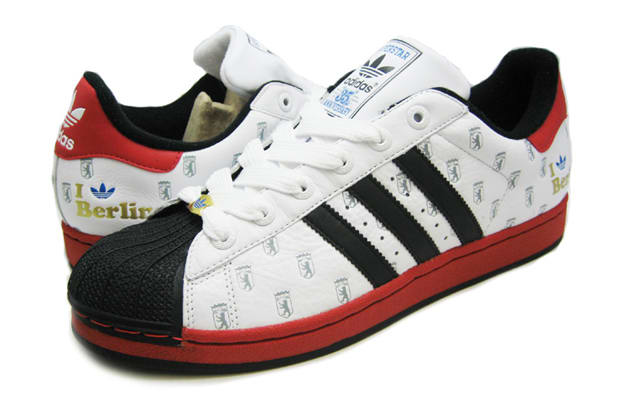 adidas superstar ii berlin state of sneakers the 30 best city inspired sneakers of all time. Black Bedroom Furniture Sets. Home Design Ideas