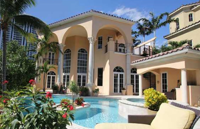 photo: house/residence of cool 15 million earning Miami, FL, UAS-resident