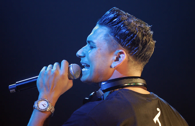 Pauly D and Aubrey O'Day split, but she doesn't know it