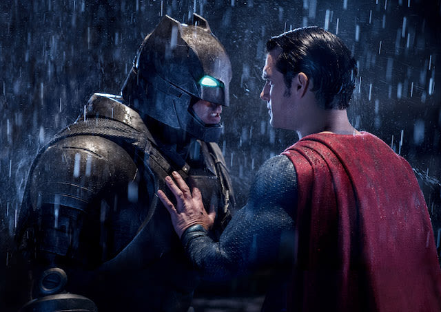 Batman Vs. Superman Speculated To Hit A Billion; Breaks Opening Records