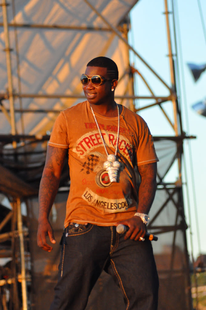 Gucci Mane Drops Intro to His Upcoming Album news