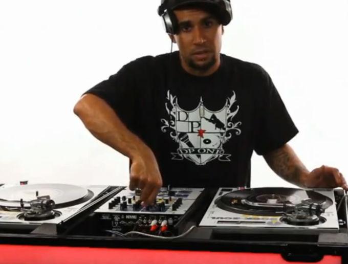dj mixer how to use