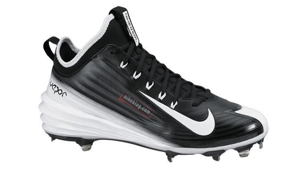 Nike-Lunar-Vapor-Trout-Black-White_01