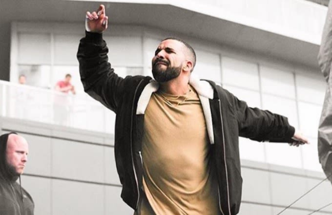 Drake Finally Scores His First No. 1 Song With One Dance news