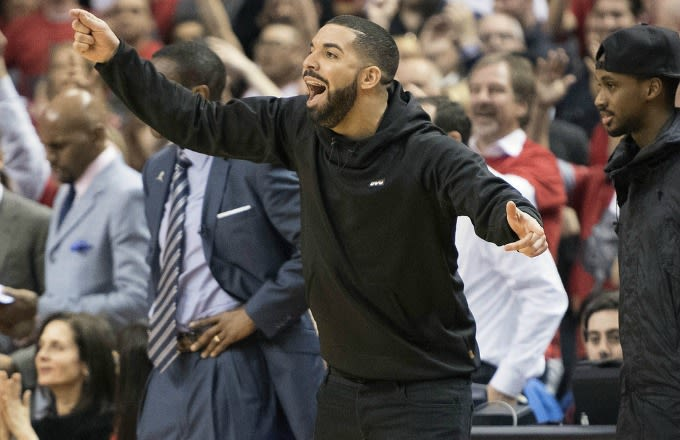 Drake Helps Cause Five Second Violation on Bulls With the Game on the Line news