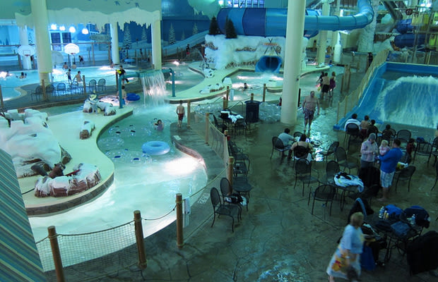 Boyne City Mi >> 15. Avalanche Bay - The 15 Craziest Indoor Water Parks in ...