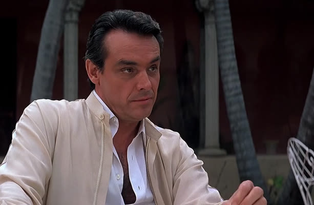 sosa men Scarface is a 1983 american crime thriller movie  angry and sad at the death of his sister, tony singlehandedly kills many of sosa's men in a major shootout.