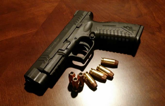 gun-and-bullets_d3oudk.jpg