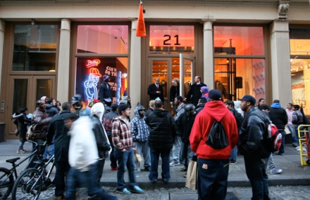 21 mercer the 50 best sneaker stores of all time complex. Black Bedroom Furniture Sets. Home Design Ideas