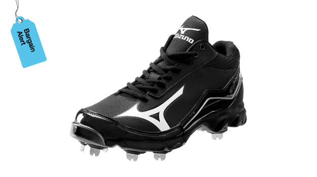 Mizuno 9-Spike Swagger Mid