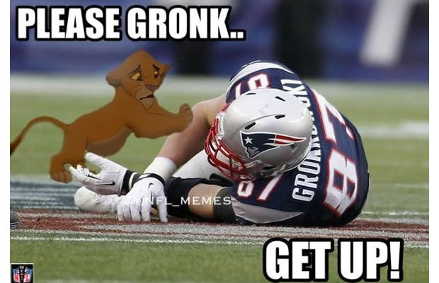Funniest Sports Memes Of The Week : Gronk injury gallery the funniest sports memes of