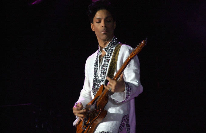 Tech Company Says it Would Be an Honor to Create a Prince Hologram news