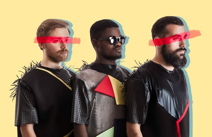 """Premiere: La Yegros Joins Throes + The Shine To Blend Guitars And Kuduro On """"Guerreros"""" news"""