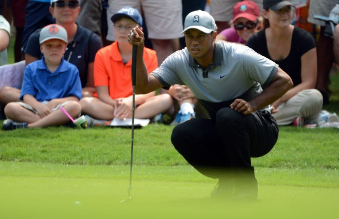 Tiger Woods is getting worse, can't sit up straight
