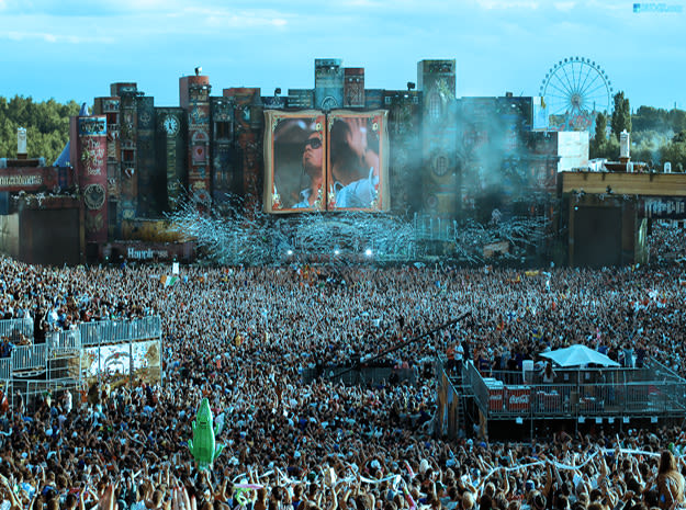 tomorrowland-10-things-li