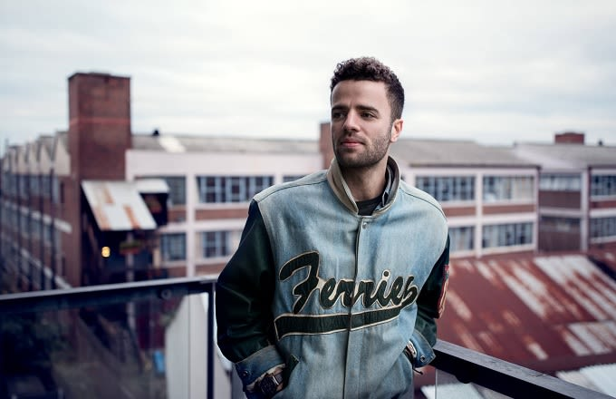 """Premiere: Listen To Youngr's Break Up Anthem """"Out Of My System"""" news"""
