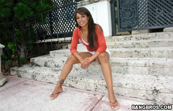 Michelle banks aka mischa mckinnon takes it all sid69 - 3 part 6