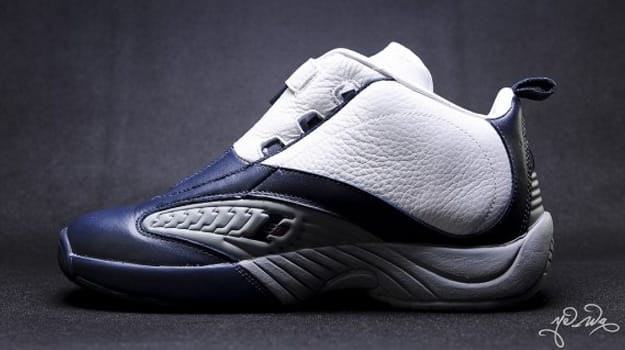 reebok-answer-iv-og-white-navy-6-570x325 copy
