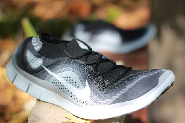 nike free 4.0 flyknit with or without socks