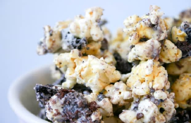 Oreo Popcorn - 20 Delicious Recipes You Can Make With Oreos | Complex ...