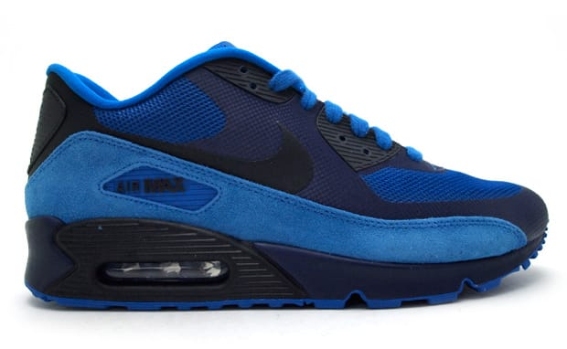 ... at the Air Max 90 Premium, NSW has just made available this fresh blue iteration. The re-worked runner notes a partial Hyperfuse upper as well as suede, ...