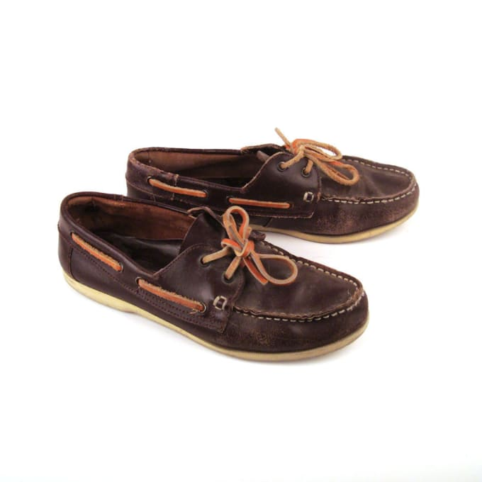 Sperry Topsiders - 80 Greatest '80s Fashion Trends | Complex
