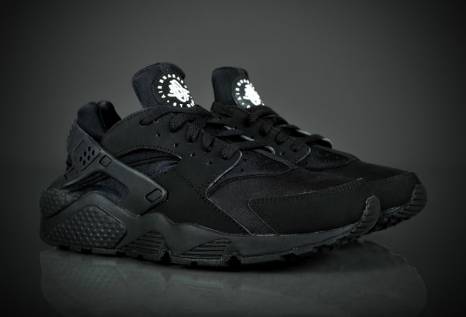 full black huaraches