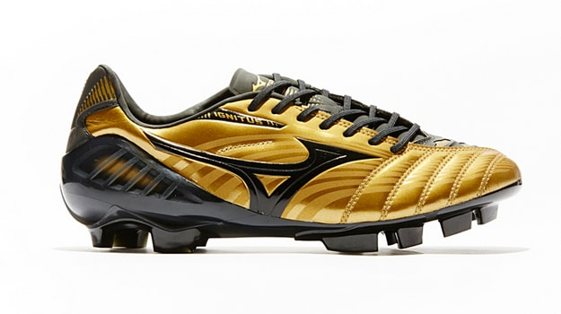Mizuno Wave Ignitus III World Cup Edition_1