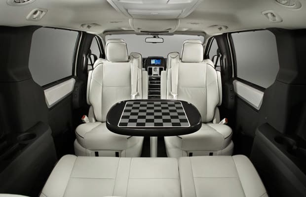 chrysler town and country the 10 best cars to live in complex. Black Bedroom Furniture Sets. Home Design Ideas