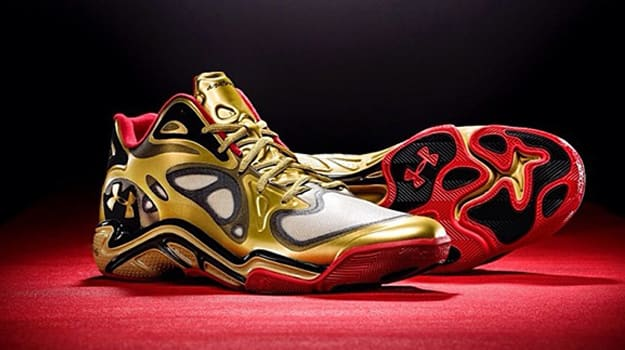 Under Armour Anatomix Spawn Low Award Season