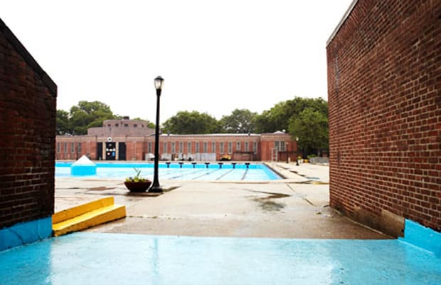 Sunset Park Pool Dive In A Guide To The Best Of Nyc 39 S Free Swimming Pools Complex Ca
