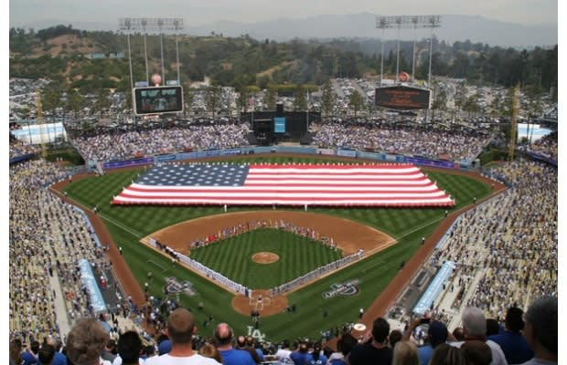 moron dodger fans  allegedly  beat  giants fan  death snitched