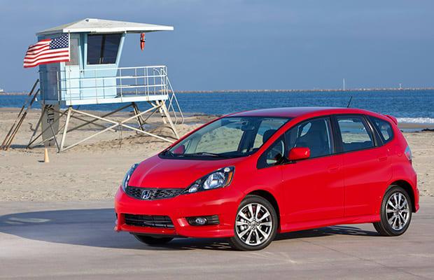 honda fit 10 great mom cars that aren 39 t minivans complex. Black Bedroom Furniture Sets. Home Design Ideas