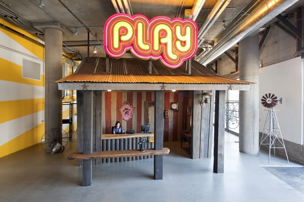 Zynga 39 s virtual reality themed offices complex for Zynga office design