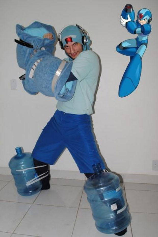 Mega Man - 25 Examples Of Video Game Cosplay Fails - Complex