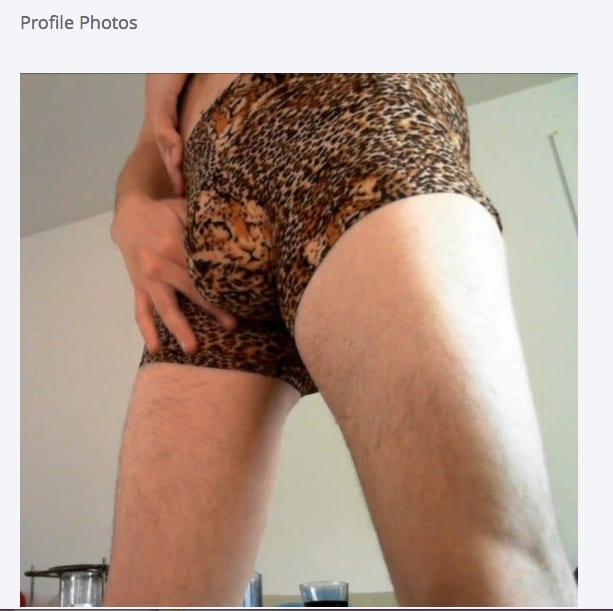 what to wear online dating photo In the world of online dating, it's hard to convince your prospective significant other that you're not a creep if your profile picture is a selfie taken.