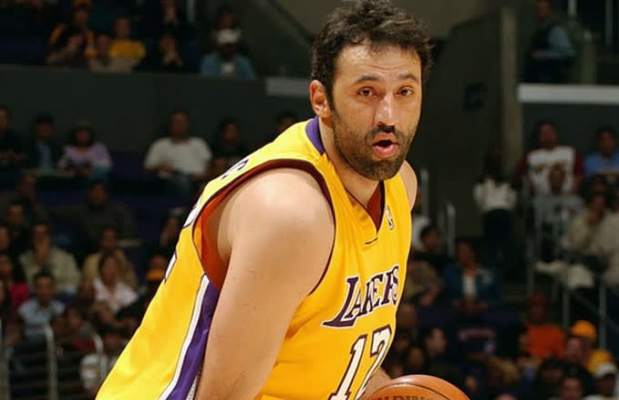 Vlade Divac - Where Are They Now? The 2004-05 Los Angeles Lakers | Complex