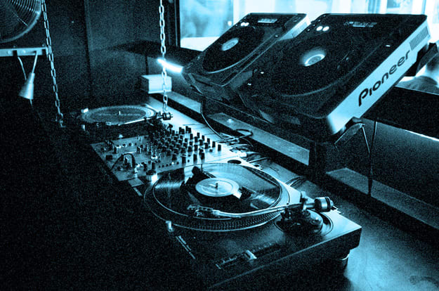 turntables-resized