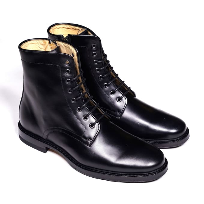 Epaulet Gives Us Affordable New Stompers