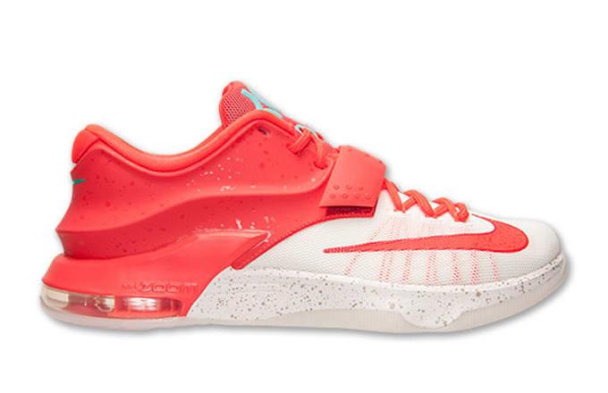 """19d08ffc8c90 Kicks of the Day  Nike KD 7 """"Christmas"""""""