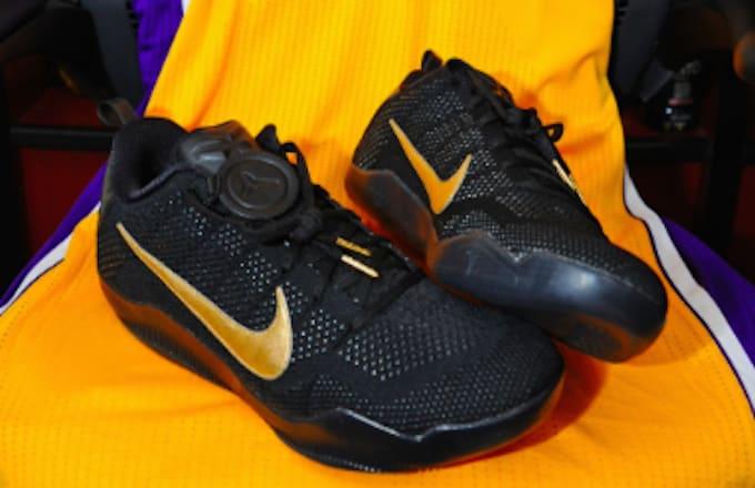 Kobe Bryant s Final Game Nike Sneakers  f55889301e