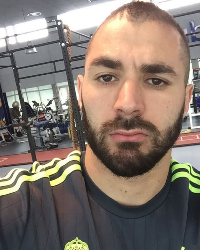 karim benzema the 25 best football pictures of the week on instagram complex. Black Bedroom Furniture Sets. Home Design Ideas