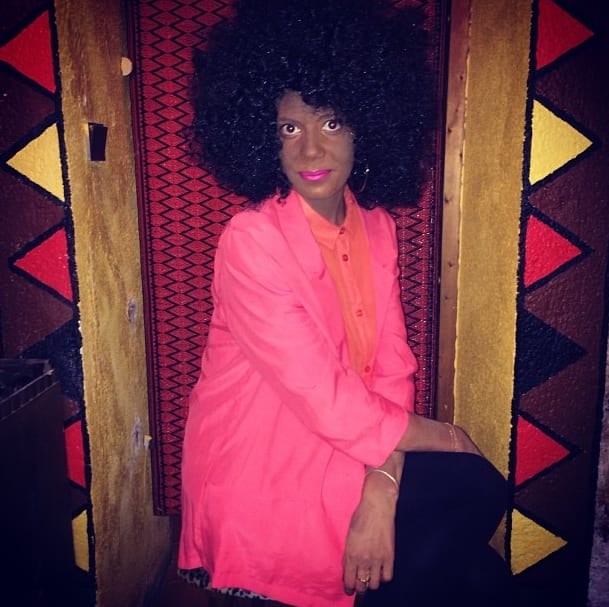 """The Beauty Editor Of """"Elle"""" France Wore Blackface, Is"""