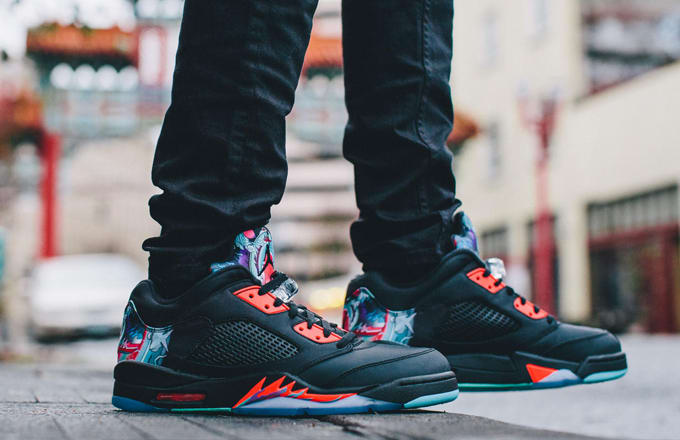 info for cfb69 922af A Complete Guide to This Weekend s Sneaker Releases