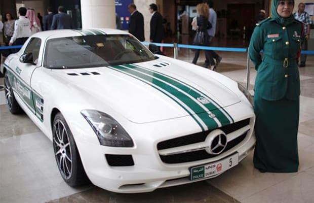 Mercedes benz sls amg meet dubai 39 s 2 5 million supercar for 2 5 million mercedes benz