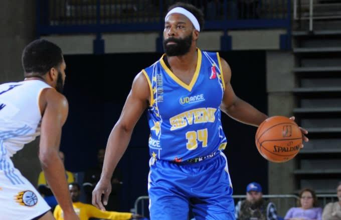 Baron Davis Invites Lamar Odom to Play on His Drew League Team  6b7d1650d