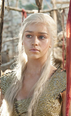 20 Gallery Daenerys Targaryen S Hottest Quot Game Of