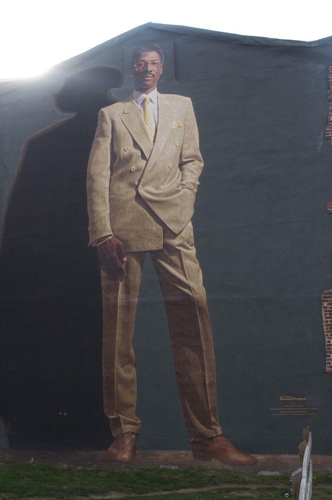 Julius dr j erving a brief history of athletes co for Dr j mural philadelphia