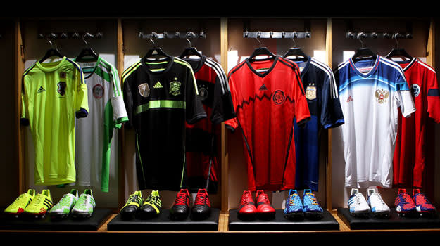 mi adidas World Cup Fed Kits_02